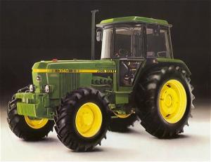 Трактор JOHN DEERE 3140